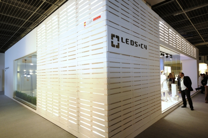 Light-Building-2014-Frankfurt-Leds-C4-02