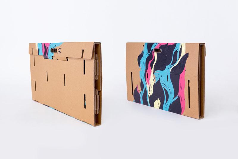 Refold_Portable-cardboard-desk-Matt-Innes-9