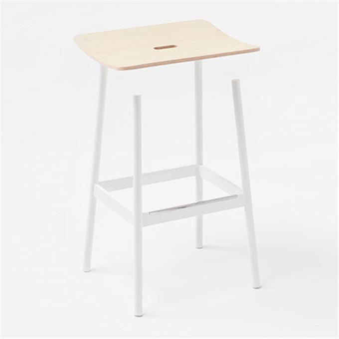 Nendo-float-stool-hisheji (1)