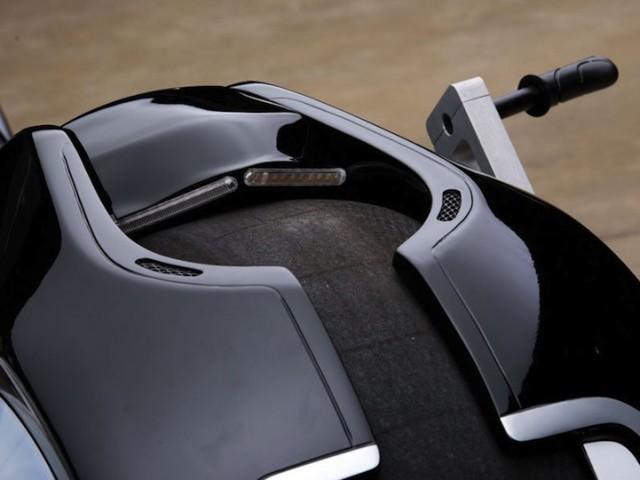 Tron-Futuristic-Motorcycle-hisheji (5)
