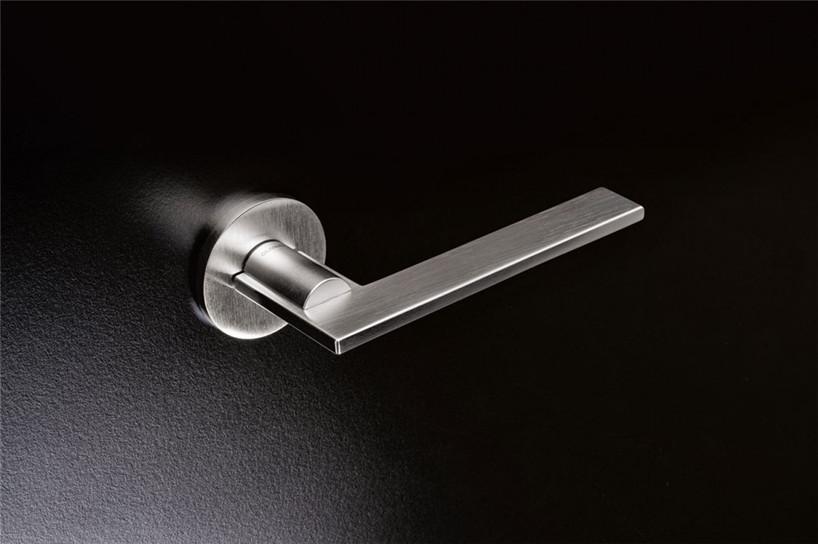 architect-designed-products-milan-design-week-hisheji (19)
