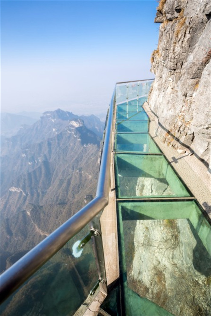 china-longest-glass-skywalk-hisheji (2)