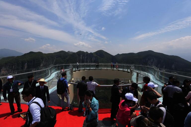 china-longest-glass-skywalk-hisheji (3)