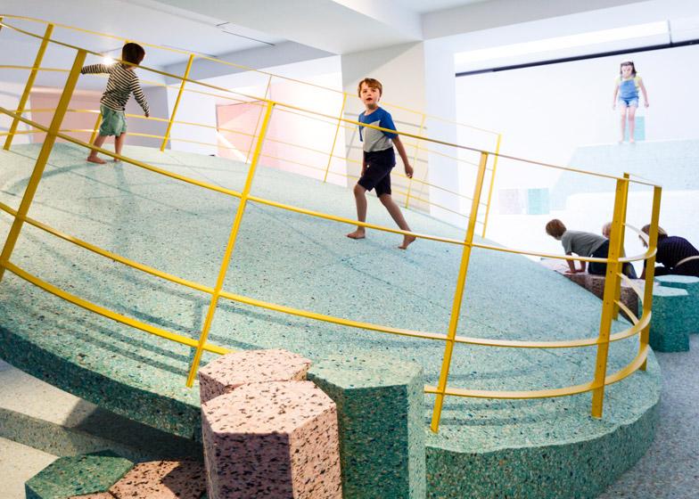 Brutalist-Playground-hisheji (2)