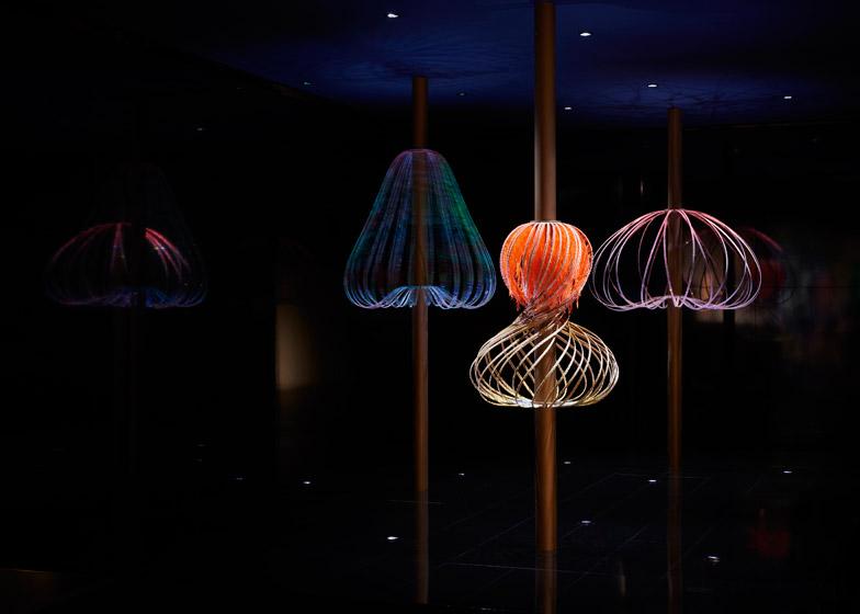 Swarovski-Designers-of-the-Future-Award-Commissions-hisheji (1)