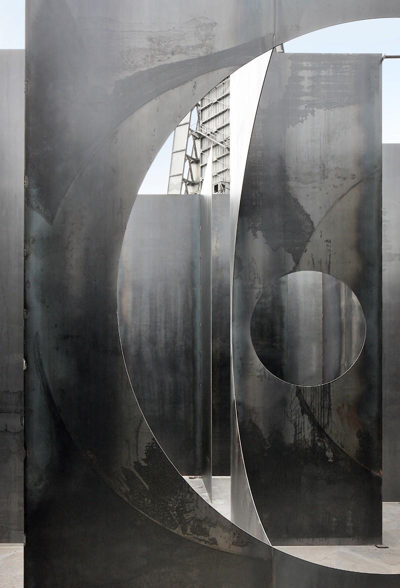 Gijs van Vaerenbergh-steel-labyrint-hisheji (12)