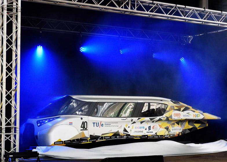 Stella-Lux-Solar-Car-hisheji (6)