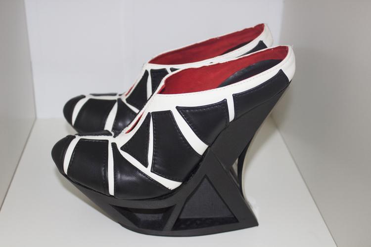 SilviaFado-HXX-3Dprinted-shoe-hisheji (4)