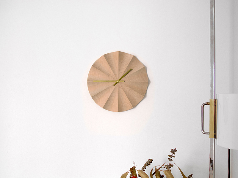 ernest_perera-do_not_disturb_clock-hisheji (9)