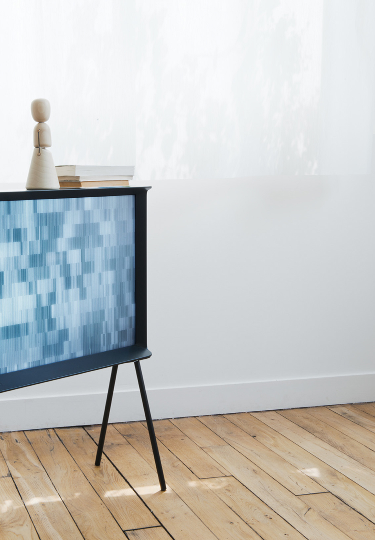 ronan-and-erwan-bouroullec-serif-tv-for-samsung-hisheji (15)