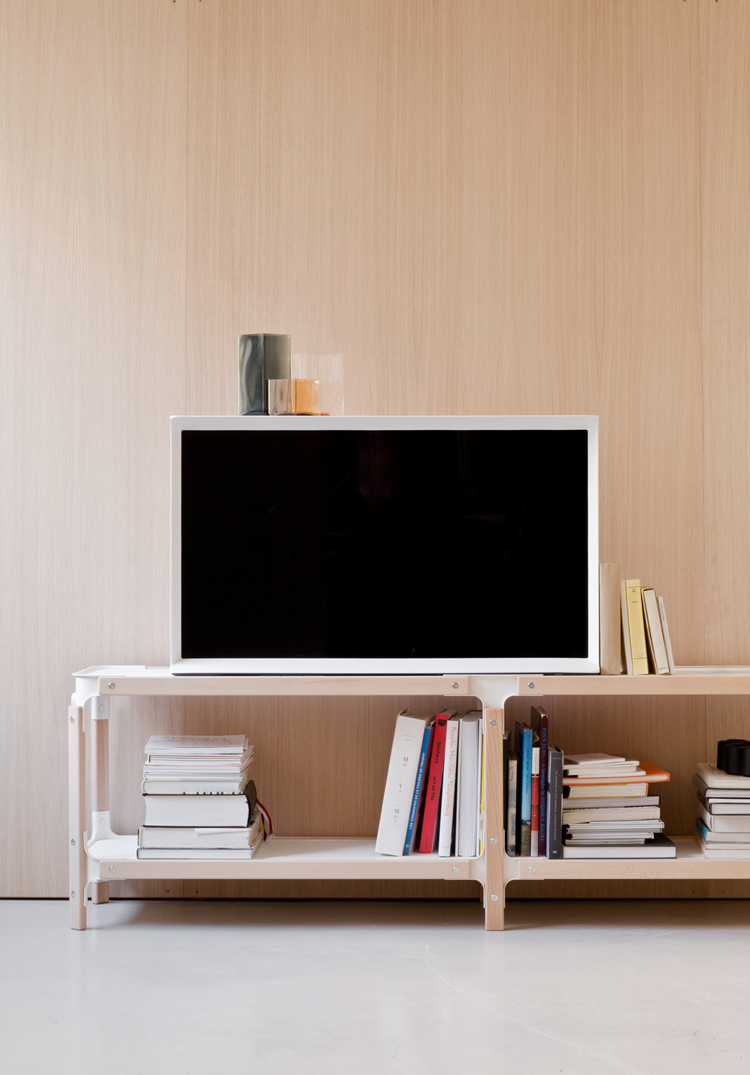 ronan-and-erwan-bouroullec-serif-tv-for-samsung-hisheji (2)
