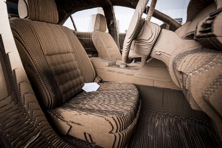 lexus-cardboard-car- (7)