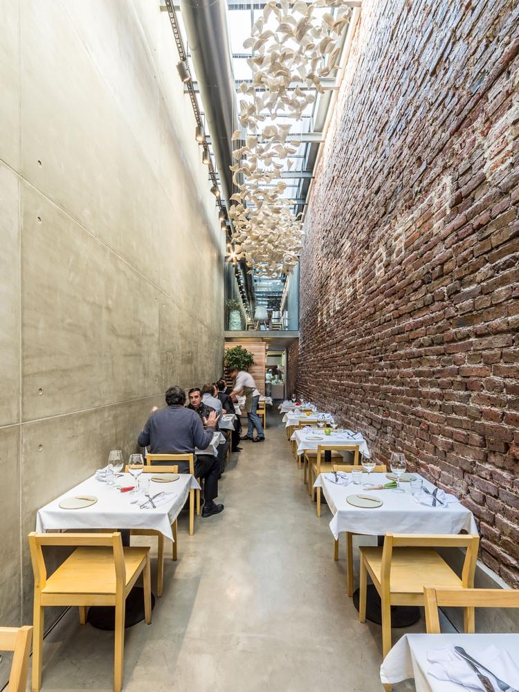 El_Papagayo-restaurant-hisheji (3)
