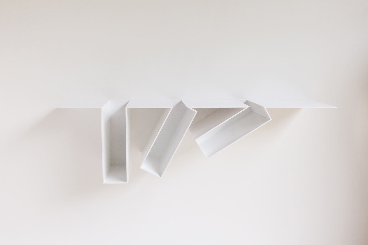 Filip-Janssens-Oblique-bookshelves-hisheji (2)