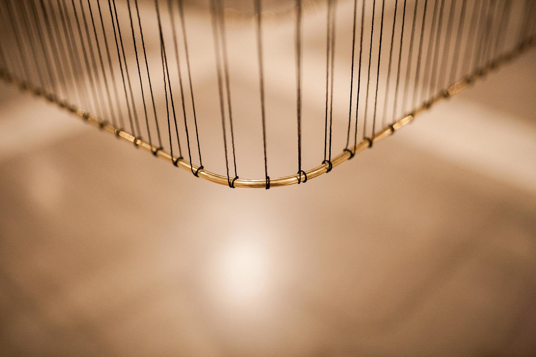 presledek-black-thread-on-brass-hisheji (6)