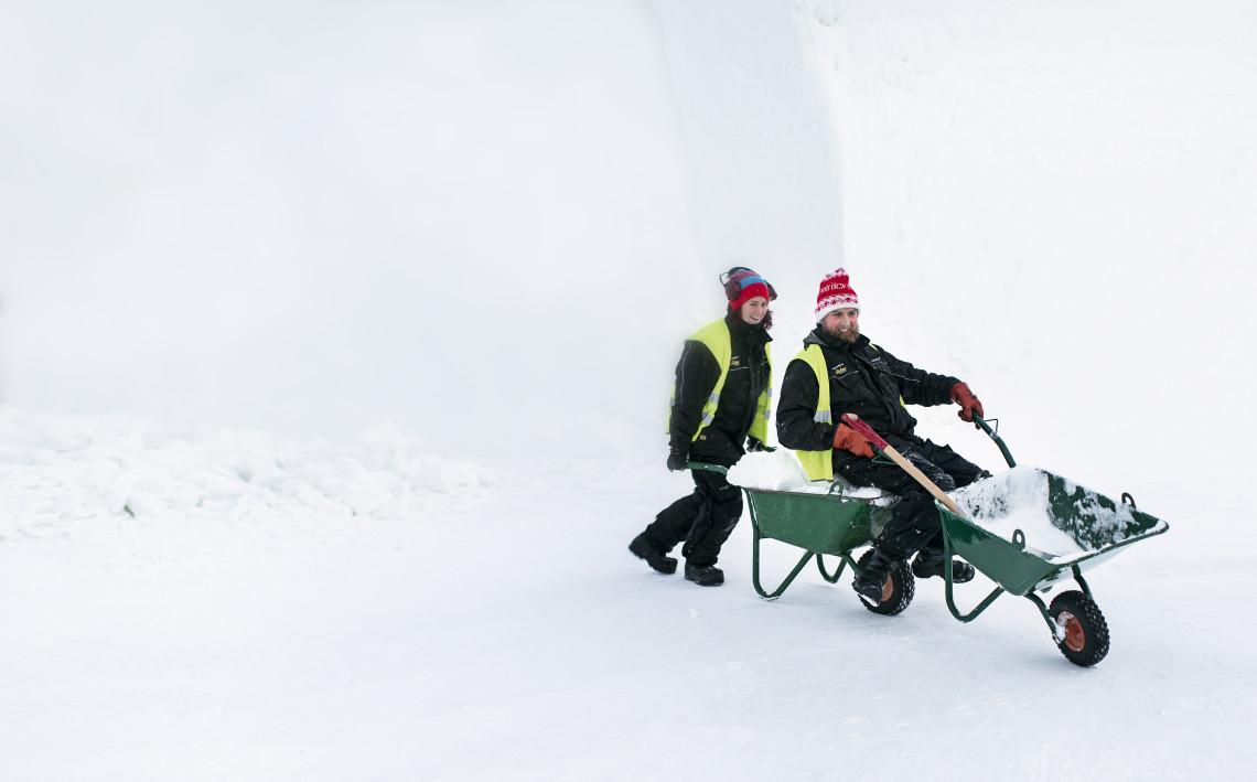 ICEHOTEL, Jukkasjärvi, konstkatalog 2012/2013.
