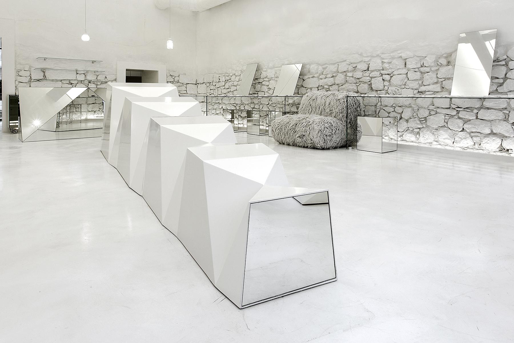 314_Architecture_Studio-glasses_store-hisheji (9)