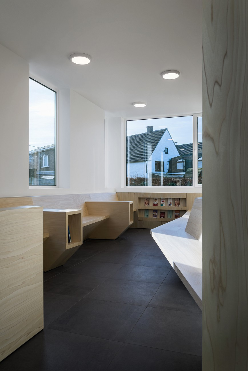 001-Medical-practice-De-Schuyter-by-Joshua-Florquin-Architect