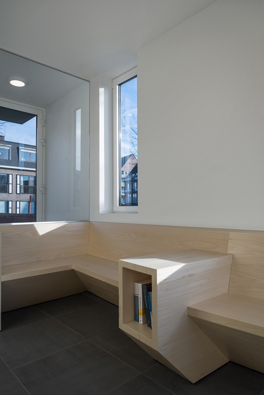 007-Medical-practice-De-Schuyter-by-Joshua-Florquin-Architect