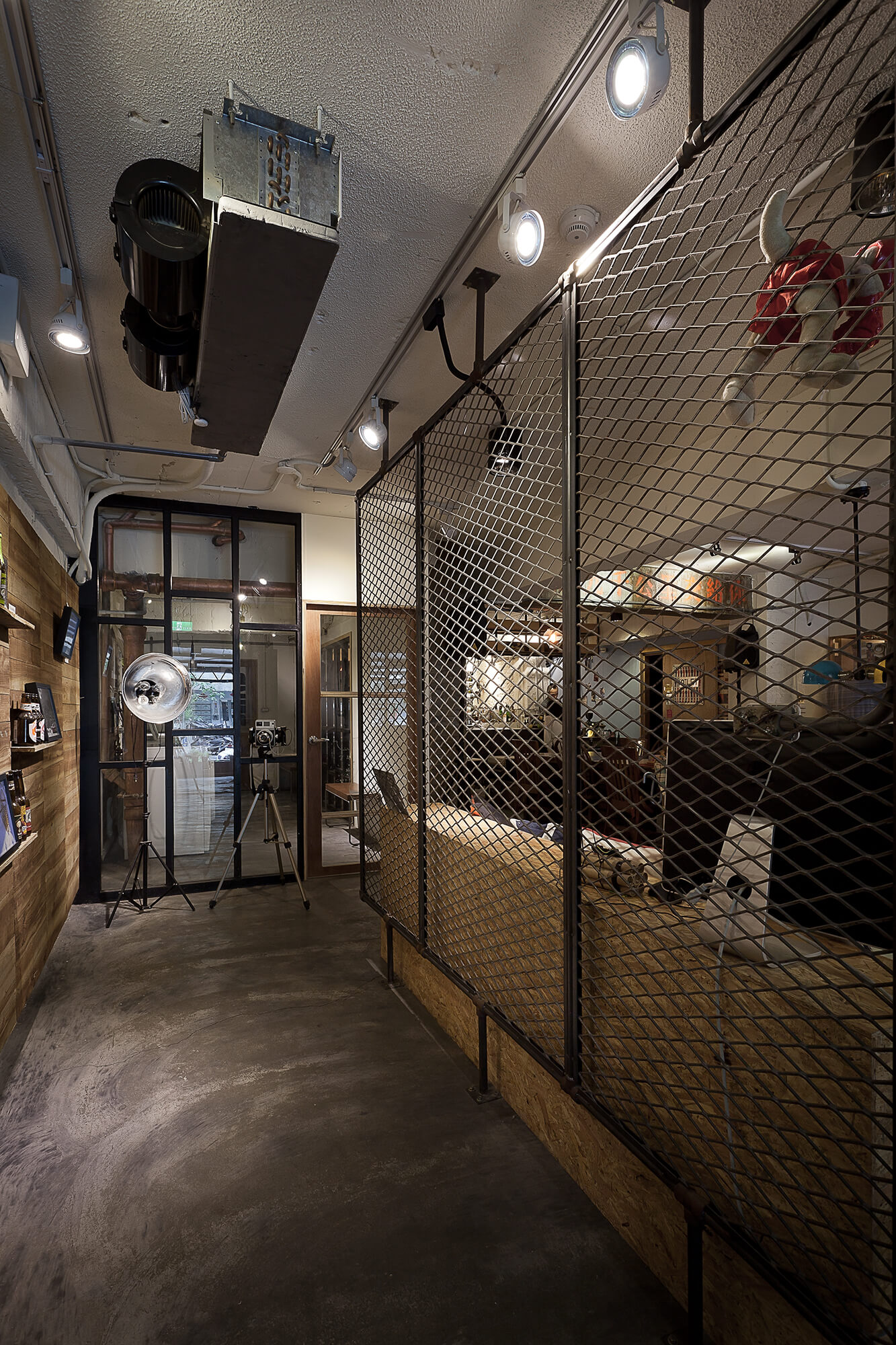 001-laundry-coffee-shop-formo-design-studio