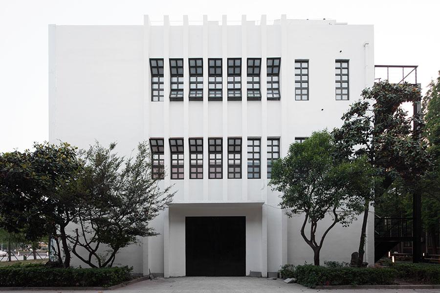 DW-Building-04