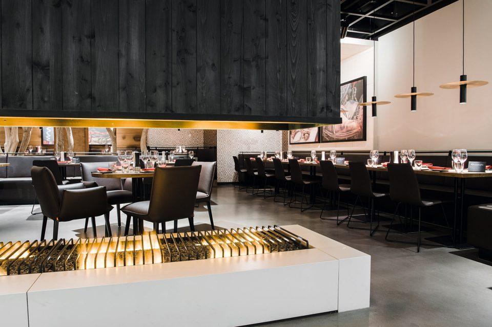 16afewetgdip-restaurant-960x639