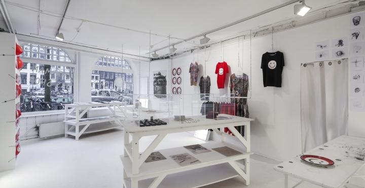 Fucking-Hell-Das-Shop-by-UXUS-Amsterdam-Netherlands-02