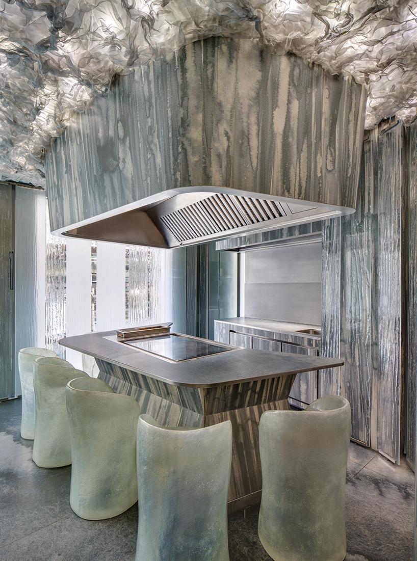 RCR-architects-enigma-restaurant-barcelona-interiors-albert-adria-neolith-designboom-02