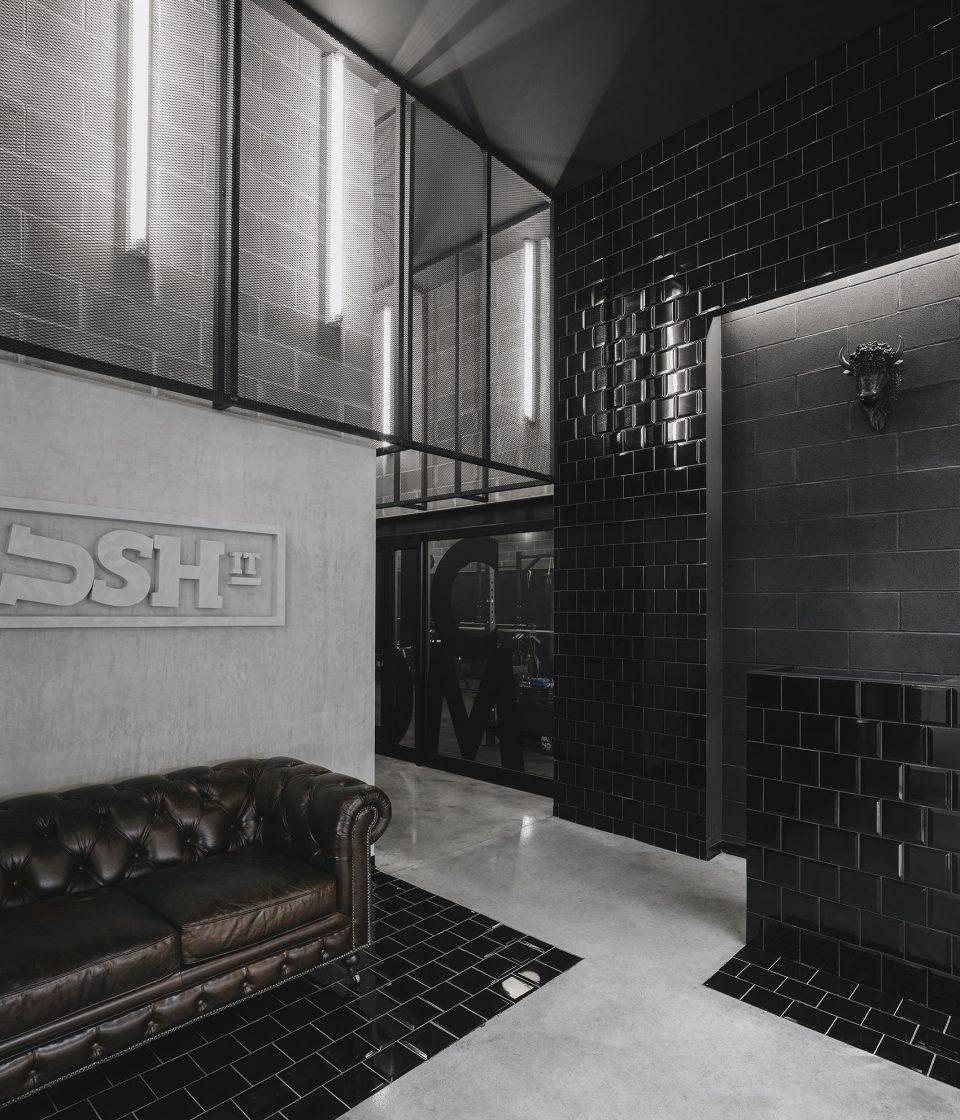 002-Krush-it-by-Estudio-AMATAM-1-960x1120