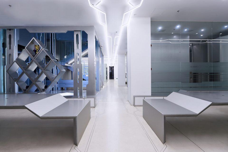 007-OMG-Electronic-Sports-Club-By-Shanghai-GuTeng-designer-studio-960x642