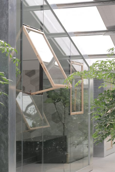 015-Work-studio-in-a-Plant-house-By-O-office-Architects-472x708