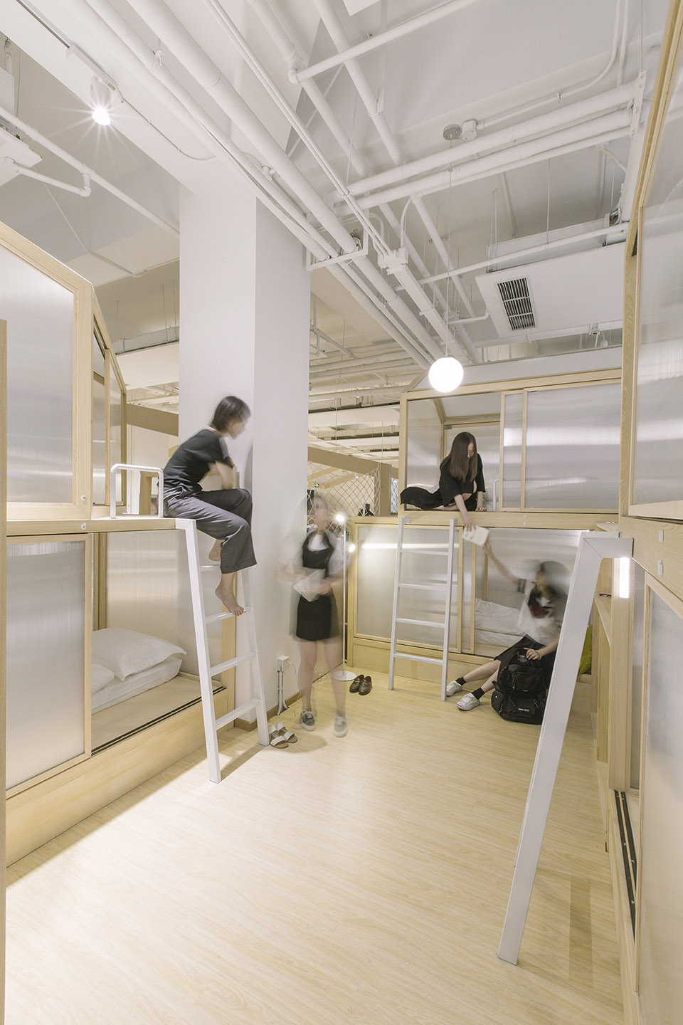 10-Together-Hostel-indoor-camping-space-for-youth-By-Jacobsen-Arquitetura
