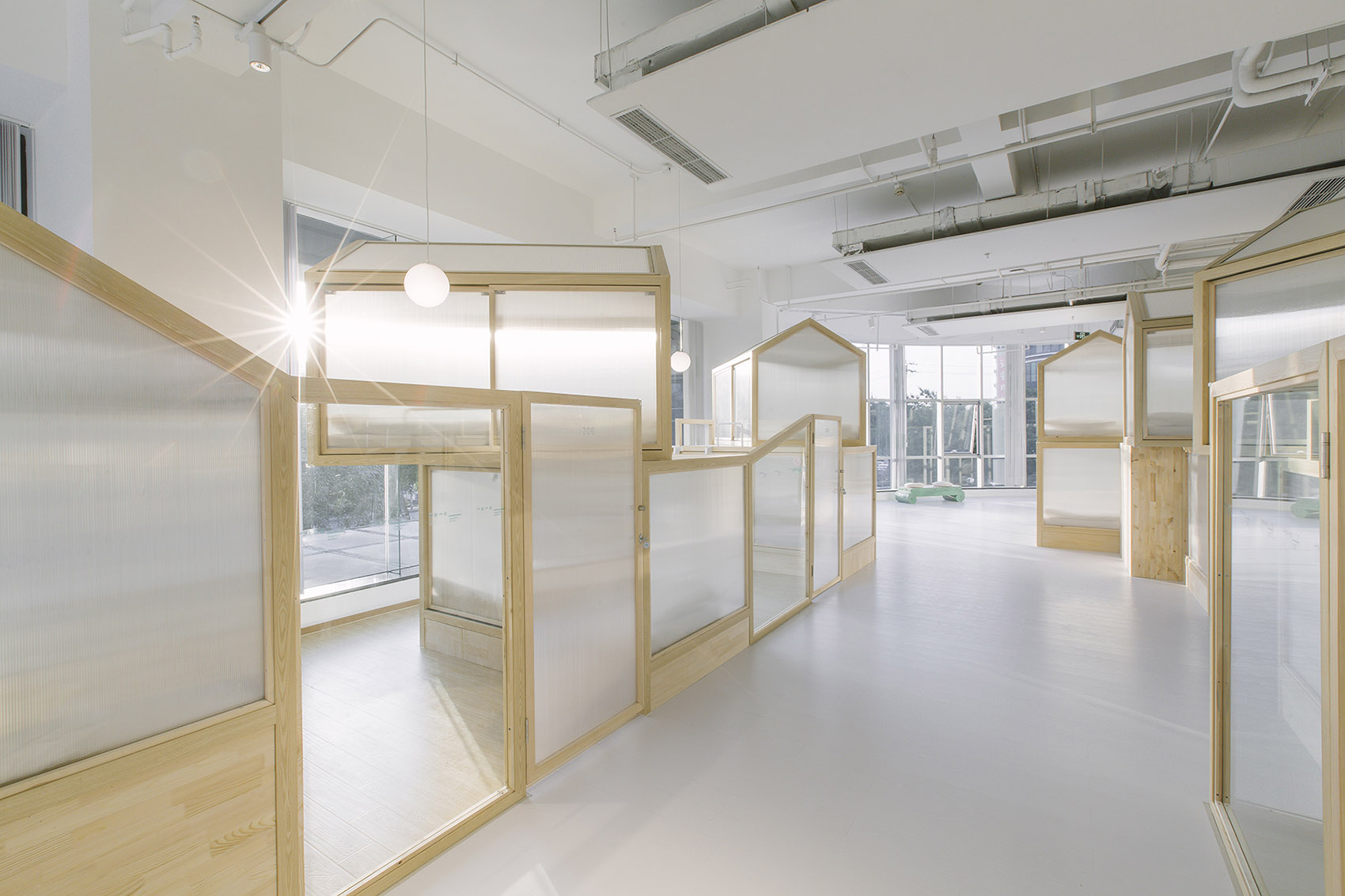 18-Together-Hostel-indoor-camping-space-for-youth-By-Jacobsen-Arquitetura
