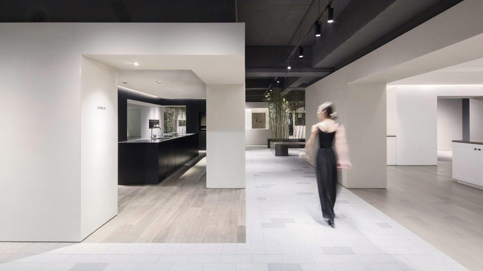 006-The-Culinary-Village-Arda-Showroom-By-LUKSTUDIO-960x540