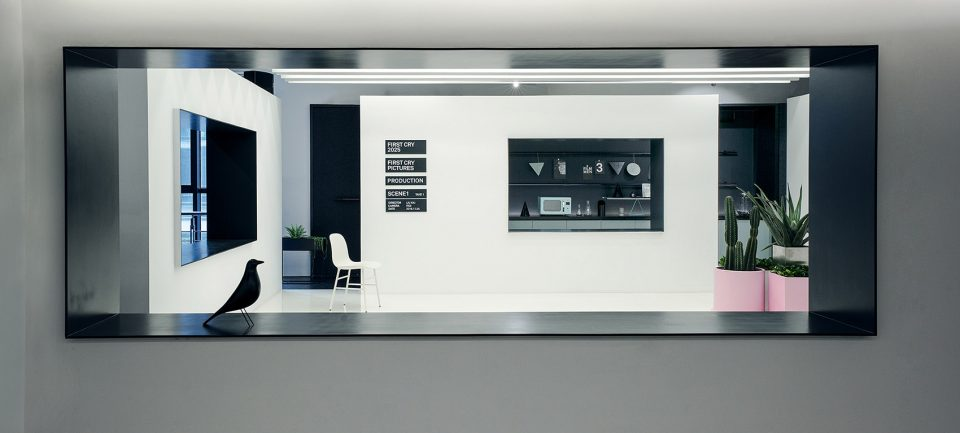 009-First-Cry-Film-Office-By-RIGI-Design-960x433