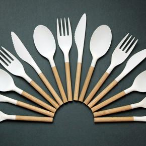 木柄和塑料头组合的外卖餐具