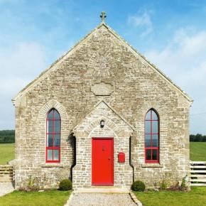 教堂改建的度假小屋——古朴与现代的美妙二重奏