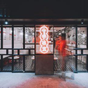 香港这家传统冰室的复兴,却成了网红店的鼻祖