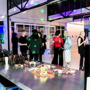 开party、办展览、拍大片,悉尼这家美发沙龙简直不要太潮!