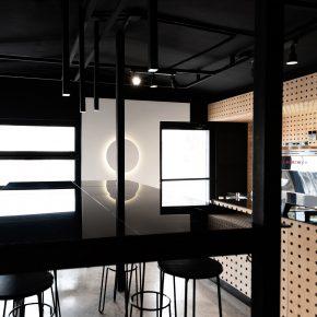 本质而真诚的咖啡馆设计,用极简创造高效