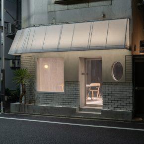 日本设计师将25㎡旧理发店变身时尚零售空间