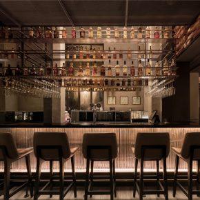 RooMoo丨在87平米的空间里造一个餐厅、一间小酒馆和一家杂货店