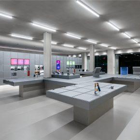 韩国最大的电信公司又开新店,这次是科技感的模块化空间